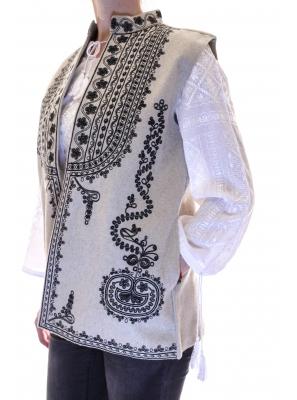 Vesta Traditionala Mariuca1