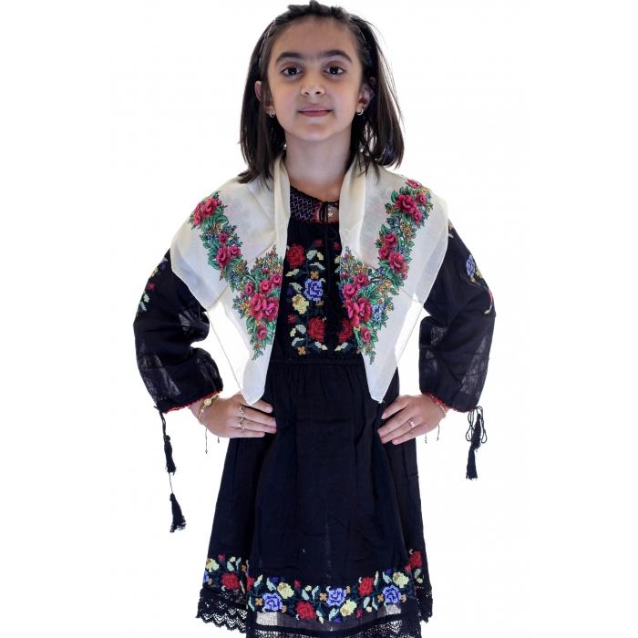 Batic traditional Irina5