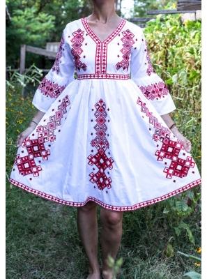 Rochie Traditionala Cosmina 8