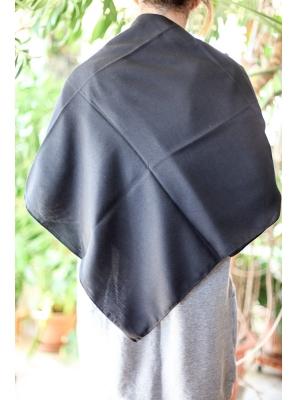 Batic traditional negru uni