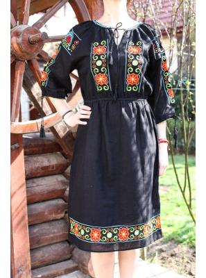 Rochie Traditionala Brandusa2