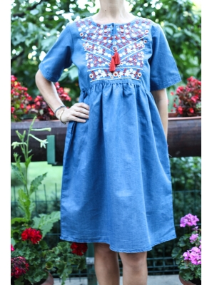 Rochie din denim cu broderie traditionala2