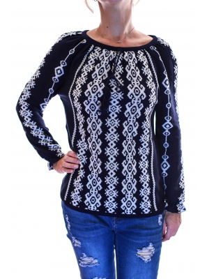 Pulover tricot cu model traditional2