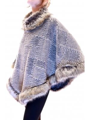 Poncho din lana cu blana sintetica2