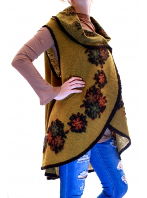 Vesta din lana cu model floral1