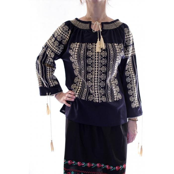 Ie Traditionala Romaneasca26