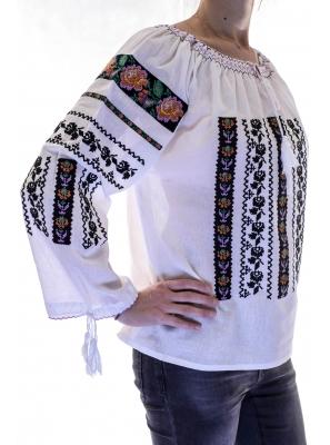 Ie Traditionala Luoana